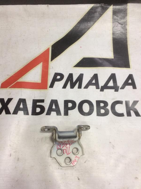 Петли на дверь Toyota Dyna LY230 передние левые нижние (б/у)