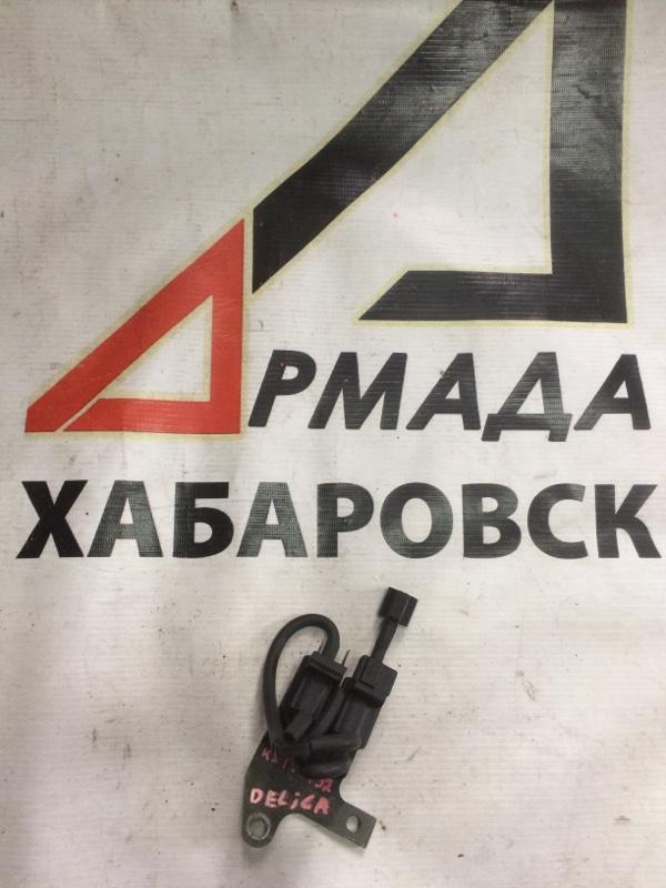 Вакуумный клапан Mitsubishi Delica PE8W 4M40 (б/у)