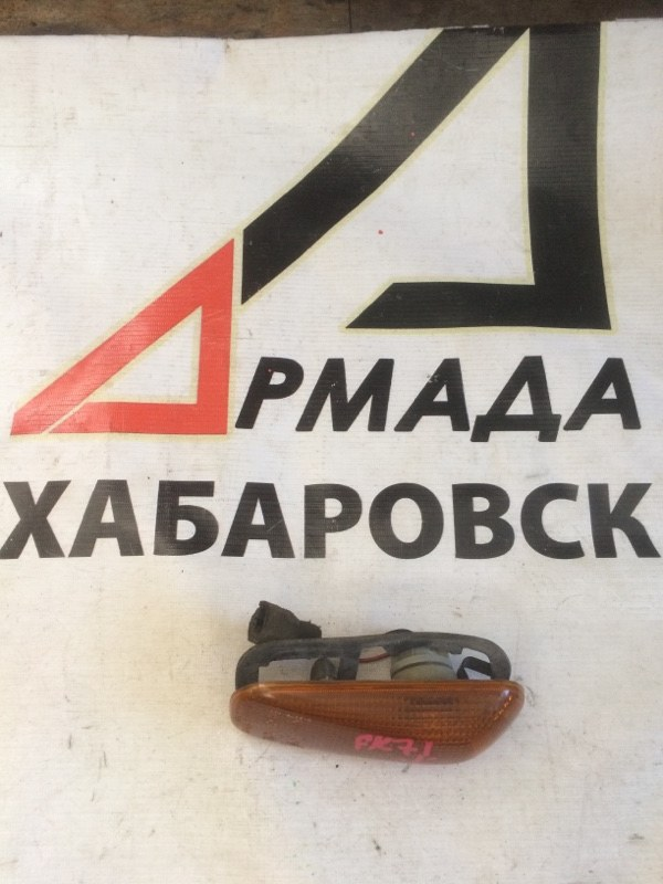 Поворотник в дверь Mitsubishi Fuso FK71 левый (б/у)