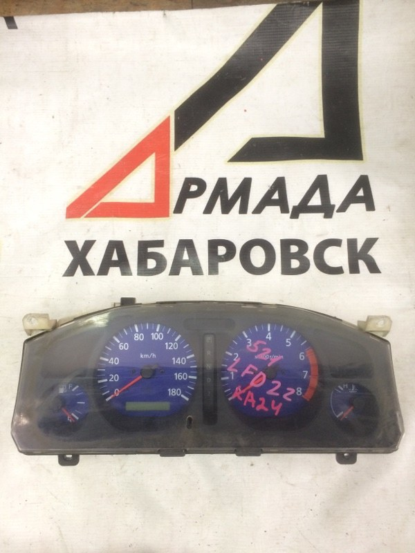 Панель приборов Nissan Datsun LFD22 KA24 (б/у)