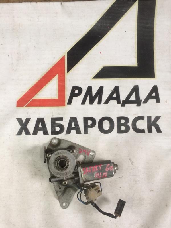Мотор стеклоподъемника Nissan Safari VRGY60 передний правый (б/у)