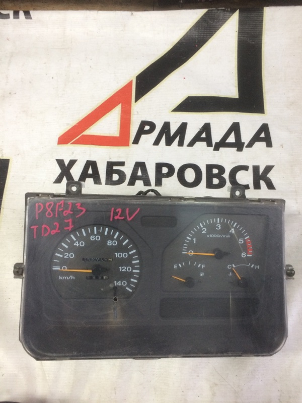 Панель приборов Nissan Atlas P8F23 TD27 (б/у)