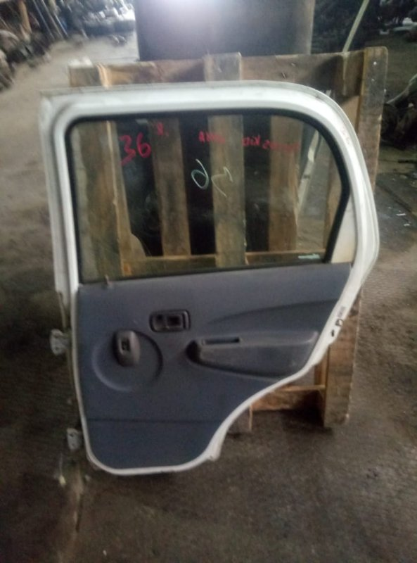 Петля дверная Daihatsu Terios Kid J111A EF задняя правая (б/у)