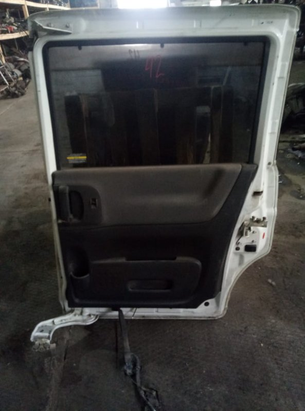 Петля дверная Nissan Serena C25 MR20 задняя правая (б/у)