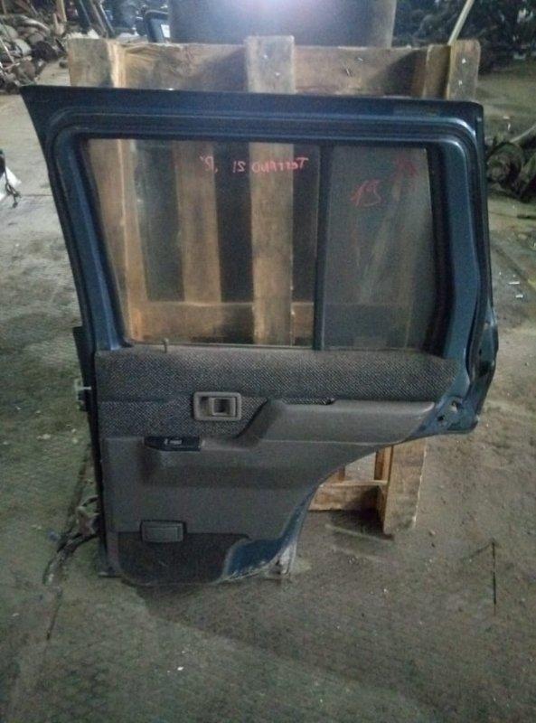 Уплотнительная резинка дверей Nissan Terrano WHYD21 задняя правая (б/у)