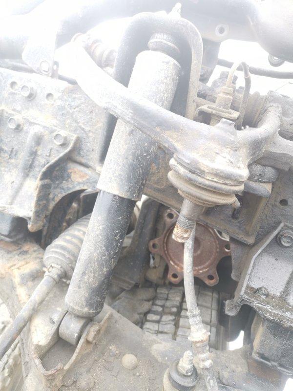 Амортизатор Toyota Dyna LY162 5L передний (б/у)