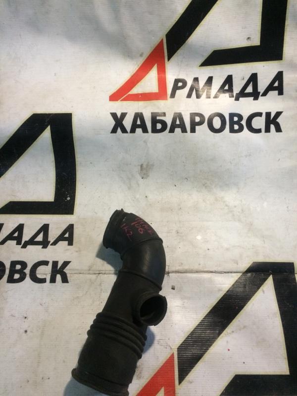 Патрубок воздушного фильтра Toyota Hiace KZH106 1KZ (б/у)