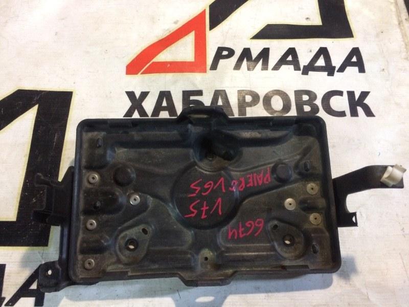 Подставка под аккумулятор Mitsubishi Pajero V75W 6G74 (б/у)