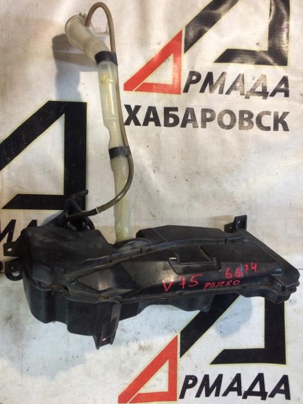 Бачок омывателя Mitsubishi Pajero V75W 6G74 (б/у)