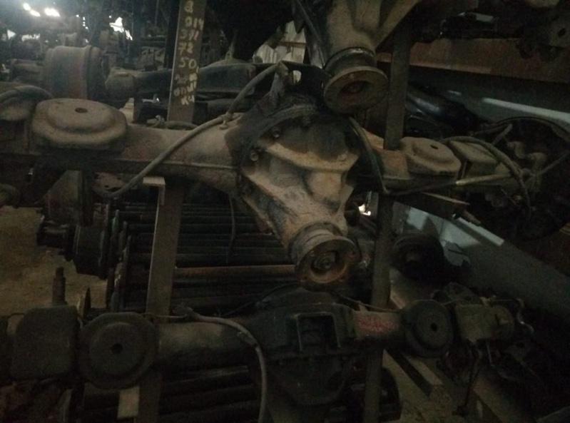 Тросик ручника Isuzu Bighorn UBS69 4JG2 задний (б/у)
