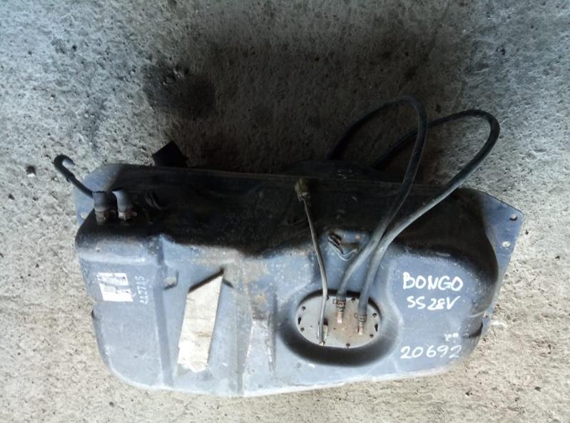 Датчик уровня топлива Mazda Bongo SS28 R2 (б/у)
