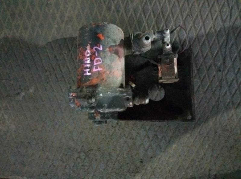 Клапан Hino Ranger FD2 W06E (б/у)