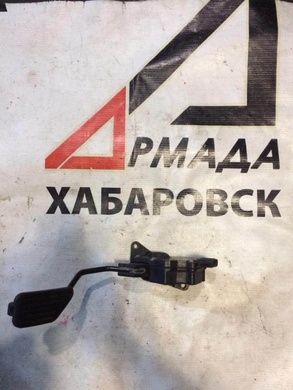 Педаль газа Toyota Vitz KSP90 1KR (б/у)