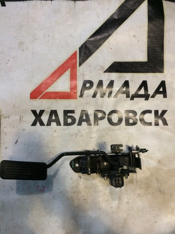 Педаль газа Toyota Surf KDN185 1KD (б/у)