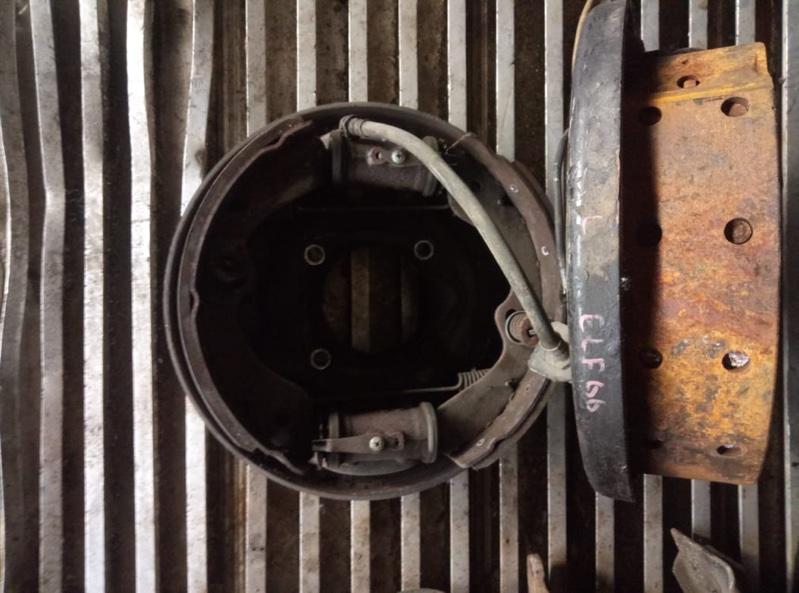 Колодки тормозные Isuzu Elf NKR66 4HF1 задние (б/у)