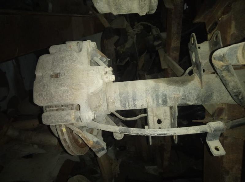 Тормозные колодки Mazda Bongo Friendee SGLR WL-T заднее (б/у)
