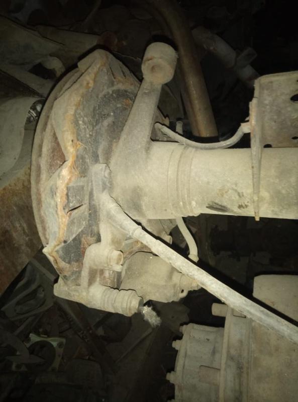 Суппорт Mazda Bongo Friendee SGLR WL-T задний правый (б/у)