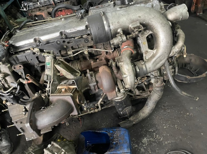 Патрубок воздухозаборника Nissan Diesel CV48YN GE13T (б/у)