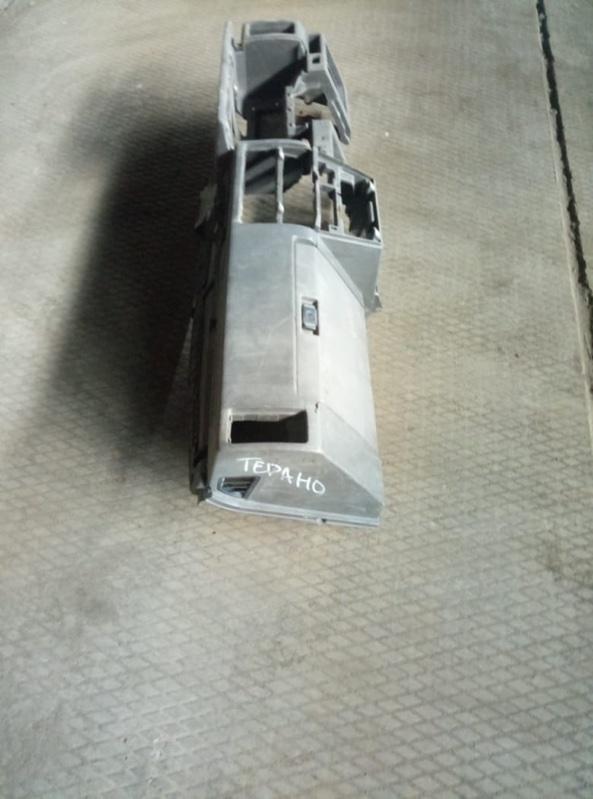 Торпедо Nissan Terrano D21 (б/у)