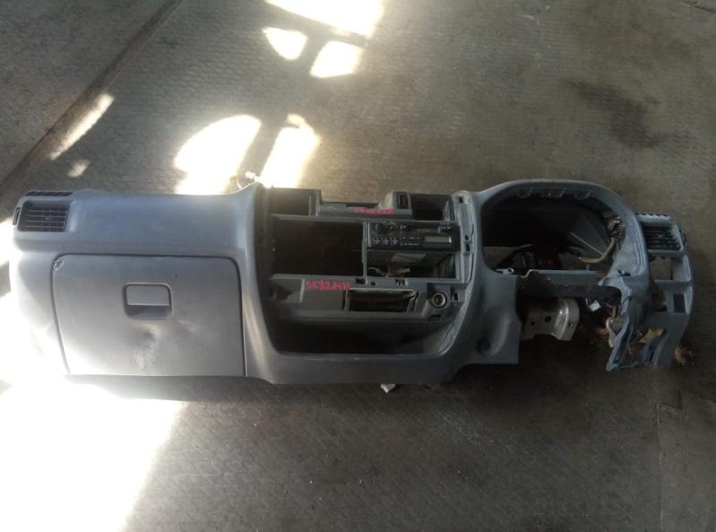 Магнитофон Nissan Vanette SS88 (б/у)