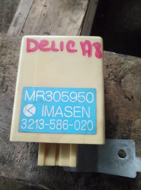 Блок управления 4wd Mitsubishi Delica PE8W (б/у)