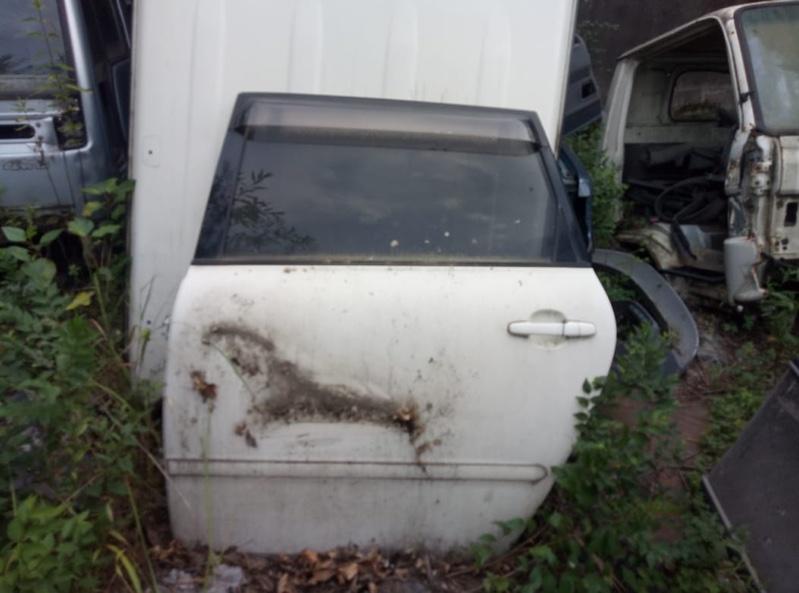 Дверь Toyota Ipsum ACM21 задняя левая (б/у)
