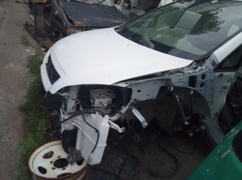 Бачок омывателя Toyota Ipsum ACM21 (б/у)