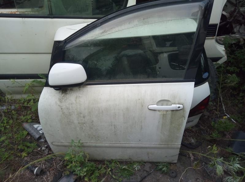 Замок двери Toyota Ipsum ACM21 передний левый (б/у)