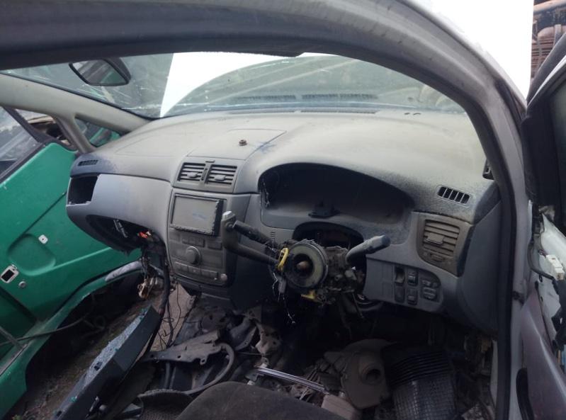 Консоль панели приборов Toyota Ipsum ACM21 (б/у)