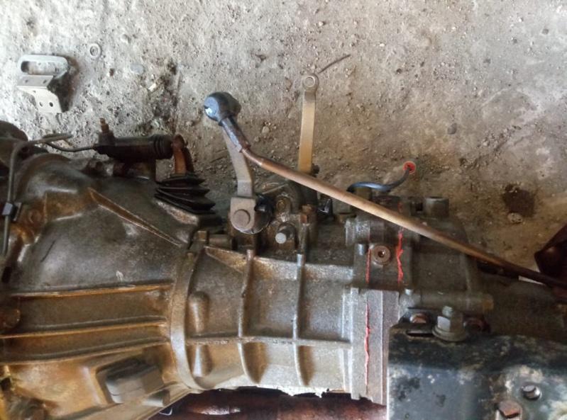 Рабочий цилиндр сцепления Toyota Hiace YH81 2Y (б/у)