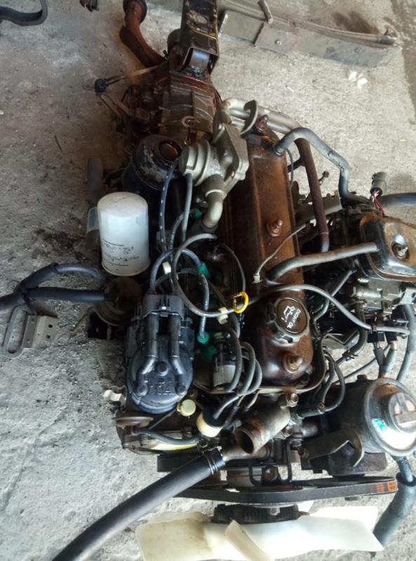 Двигатель Toyota Hiace YH81 2Y (б/у)