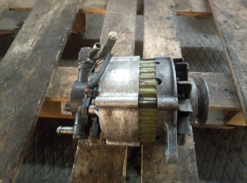 Генератор Mazda Bongo SS28 R2 (б/у)