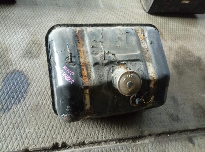 Крышка топливного бака Hino Ranger FC3 (б/у)