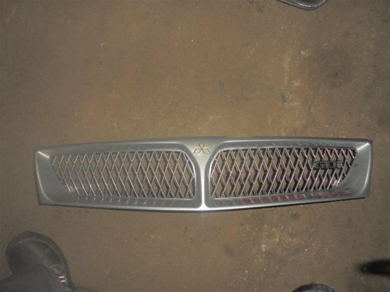 Решетка радиатора Mitsubishi Diamante F46A (б/у)
