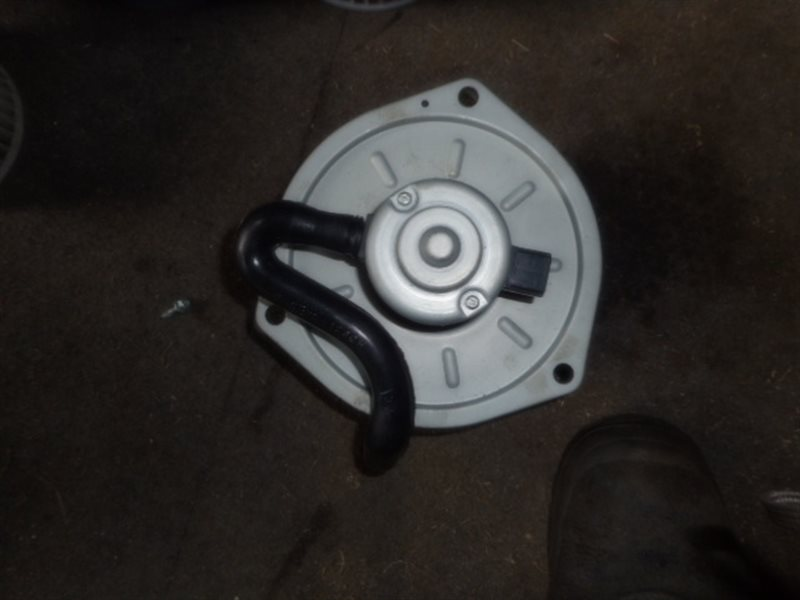 Мотор печки Mazda CG2PP (б/у)