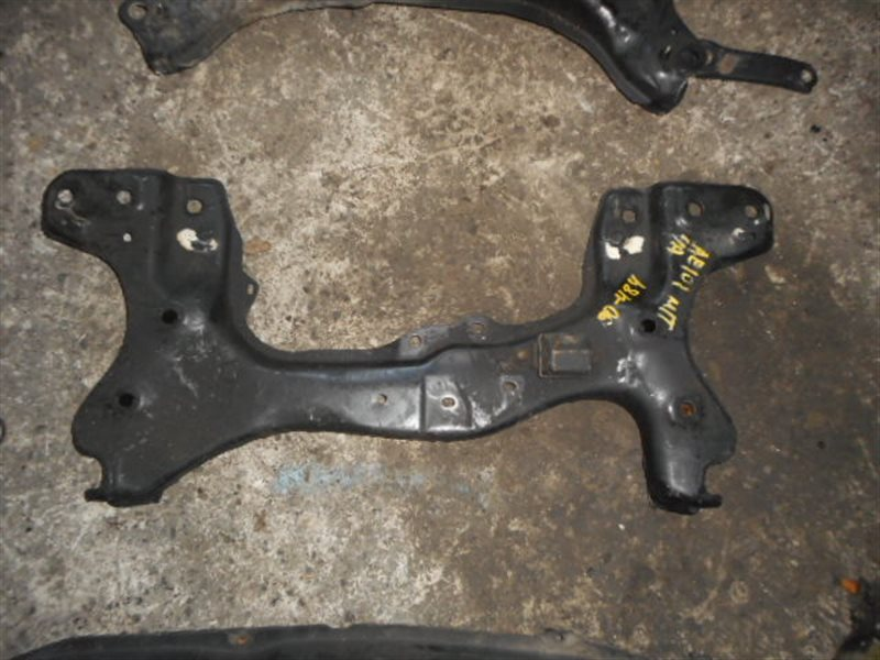 Балка под двс Toyota Marino AE101 5A передняя (б/у)
