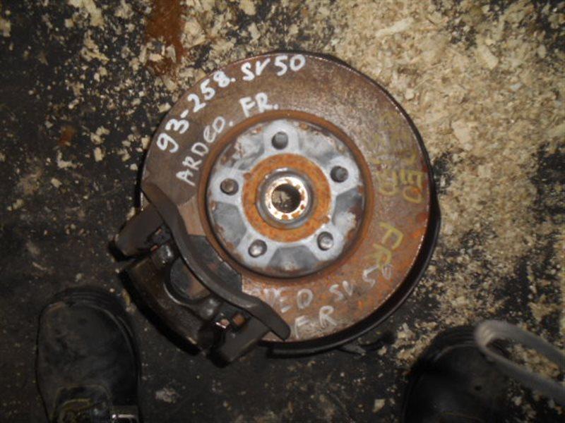 Ступица Toyota Vista SV50 3S 3SFSE передняя правая (б/у)
