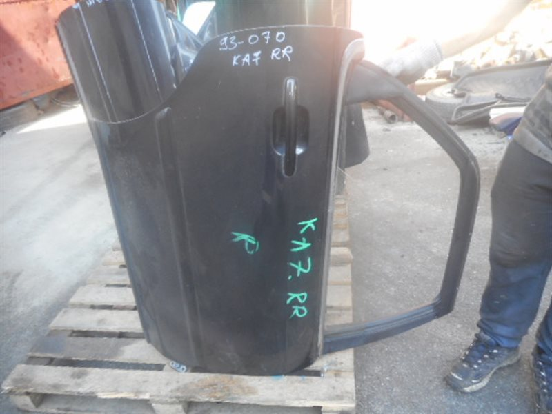Дверь Honda Legend KA7 задняя правая (б/у)