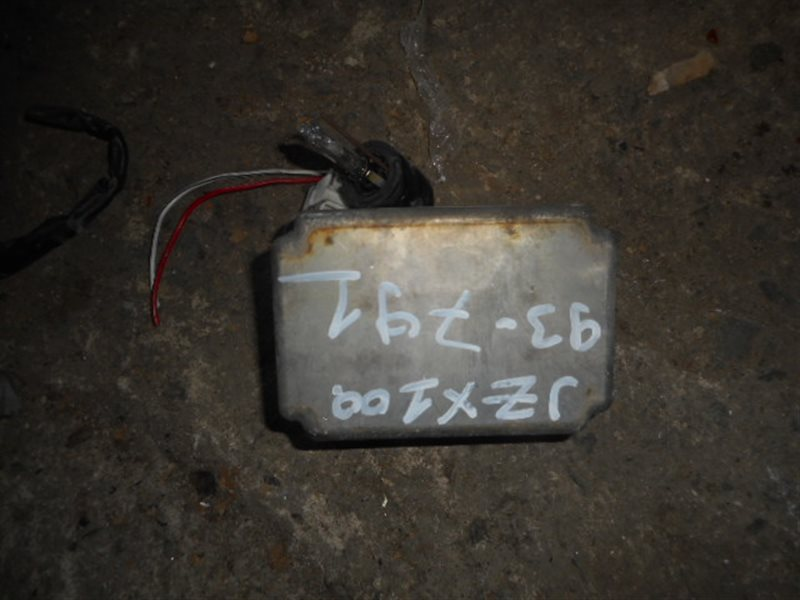 Блок ксенона Toyota (б/у)
