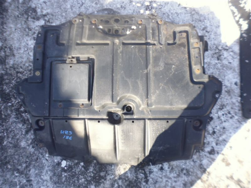 Защита двигателя Toyota Crown Majesta UZS186 (б/у)