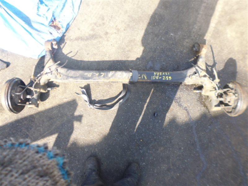 Балка со ступицами Toyota Allex NZE121 задняя (б/у)
