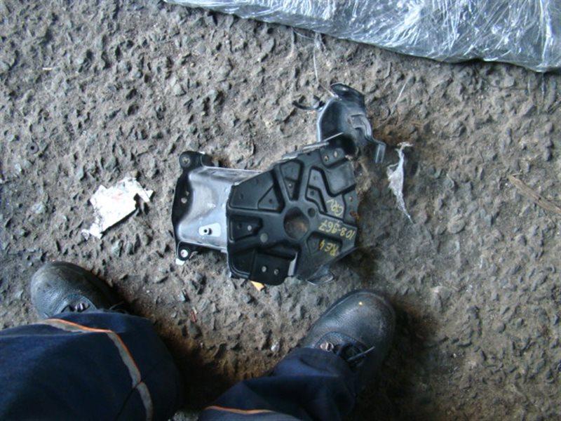 Крепление аккумулятора Honda Cr-V RE4 (б/у)