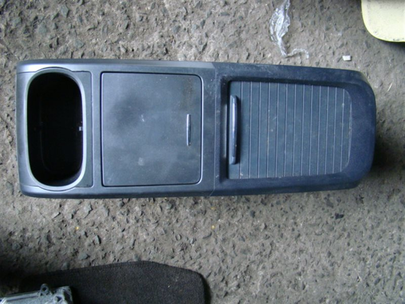 Бардачок между сиденьями Honda Cr-V RE4 (б/у)