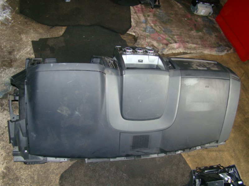 Airbag пассажирский Mitsubishi Delica D5 CV5W (б/у)