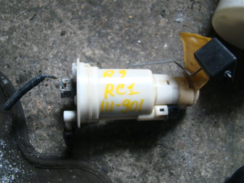 Топливный насос Subaru R2 RC1 EN07 (б/у)