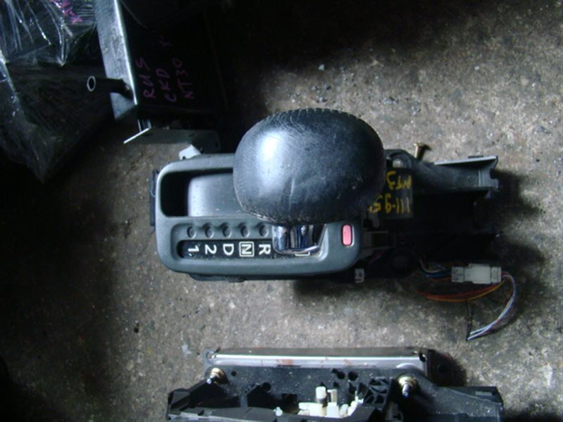 Селектор акпп Nissan X-Trail NT30 (б/у)