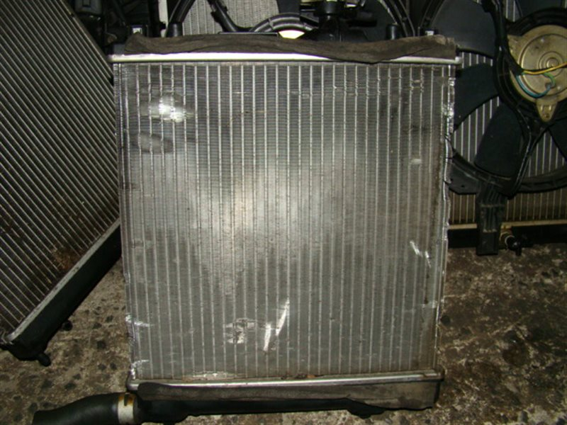 Радиатор охлаждения Suzuki Cervo HG21S K6A (б/у)