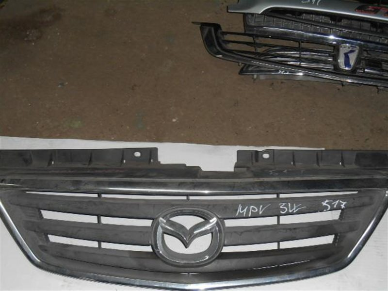 Решетка радиатора Mazda Mpv LW5W GY GY-DE (б/у)