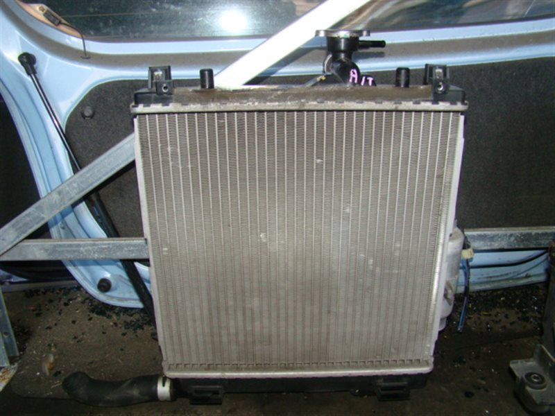 Радиатор охлаждения Suzuki Mr Wagon MF22S K6A (б/у)