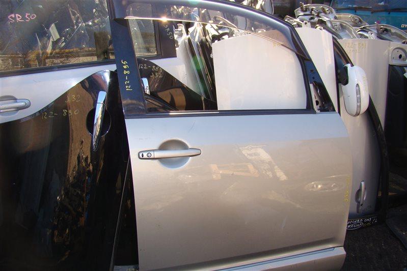 Дверь Mitsubishi Delica D5 CV5W передняя правая (б/у)
